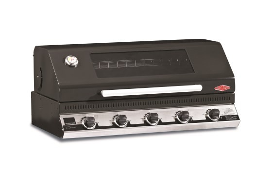 16252UK Beefeater Discovery 1100E Series 5 Bnr BBQ & Hood
