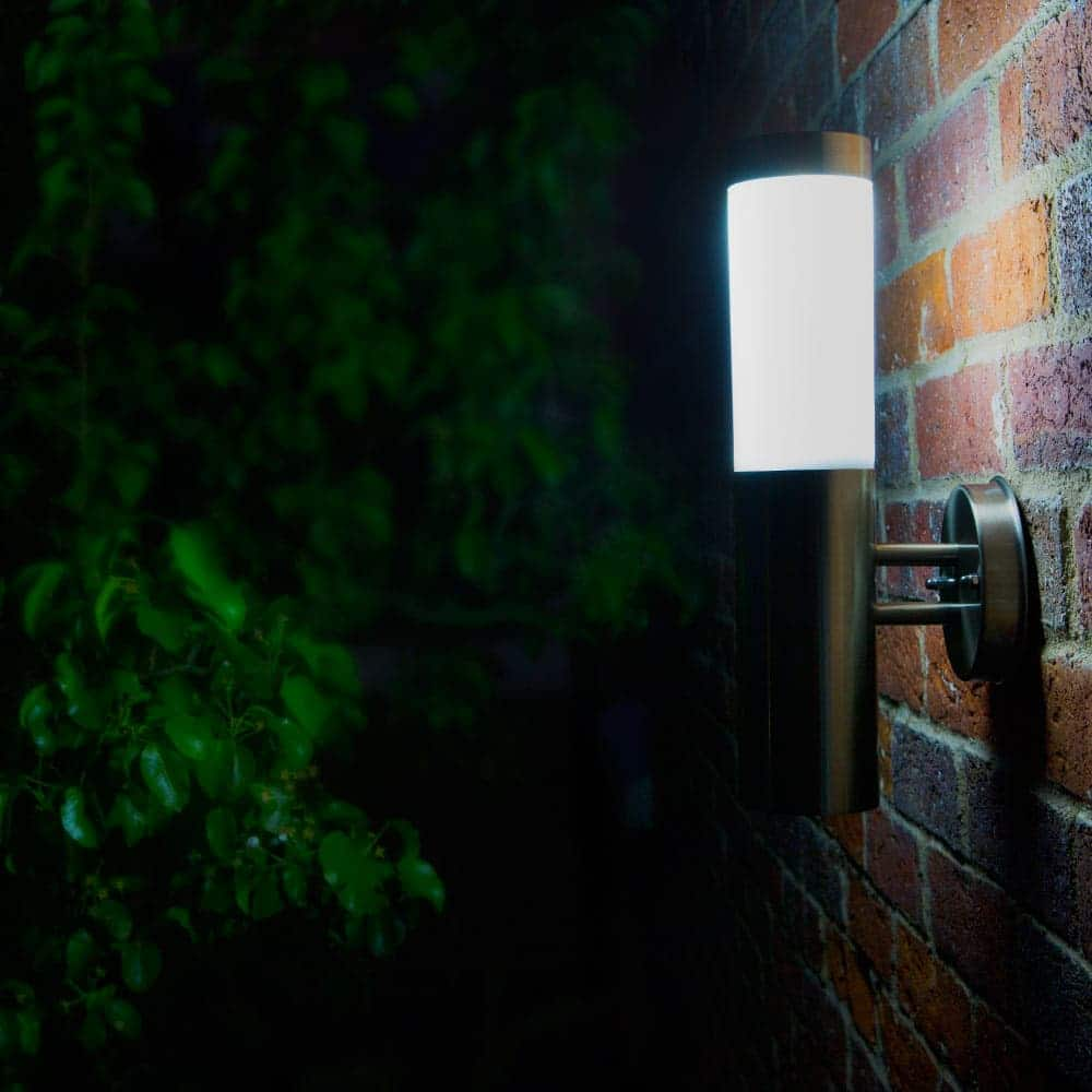 canterbury solar powered wall light ss9894 outdoor