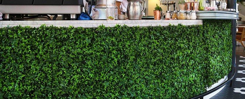 Artificial plants artificial outdoor hedging outdoor scene for Outdoor wall coverings garden